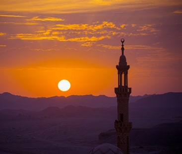 رحمتوں کی رات شب معراج عقیدت کے ساتھ آج ملک بھر میں منائی جائے گی۔