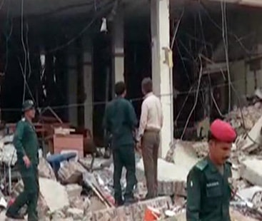 صادق آباد: نجی بینک میں دھماکے سے 20 افراد زخمی