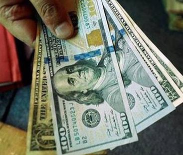 ڈالر پھر مہنگا، انٹر بینک ریٹ میں 50 پیسے اضافہ
