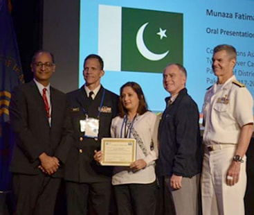 جیفری پی کیپلن ایوارڈ: پاکستانی خواتین ڈاکٹرز کے لیے اعزازات