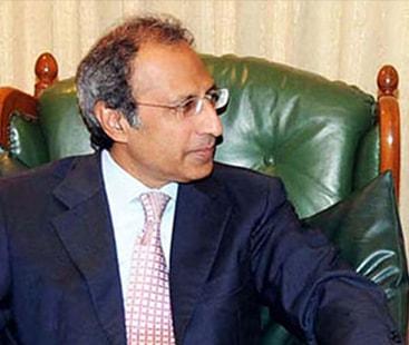 آئی ایم ایف پاکستان کو 6 ارب ڈالر کا قرض دے گا، مشیر خزانہ