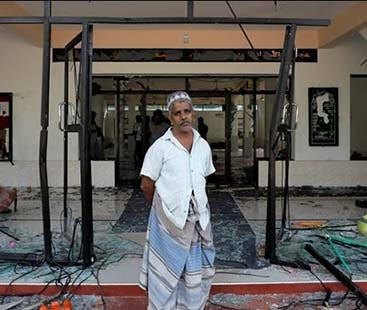 سری لنکا میں مسلم کش فسادات کے بعد کرفیو نافذ