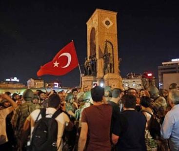 ترکی میں ناکام فوجی بغاوت کے الزام میں وزارت خارجہ کے 78 ملازمین گرفتار