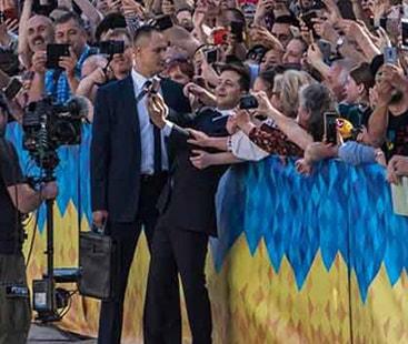 یوکرائن: نئے صدر نے حلف اٹھاتے ہی پارلیمنٹ کو تحلیل کرنیکا حکم دیدیا