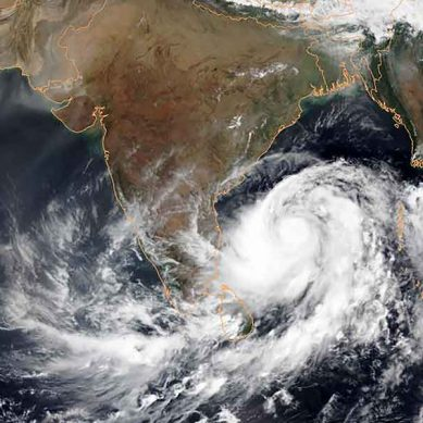 سمندری طوفان 'وایو' شدت اختیار کرگیا، سندھ میں آندھی اور بارش متوقع