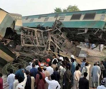 رحیم یار خان ٹرین حادثہ : 21 جاں بحق اور 100 زخمی