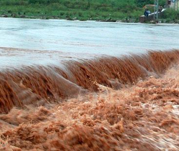 وادی نیلم میں طوفانی بارش اور سیلابی ریلے سے 23 افراد جاں بحق