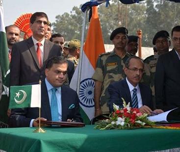 کرتارپور راہداری: پاکستان بھارت کے درمیان معاہدے پر دستخط