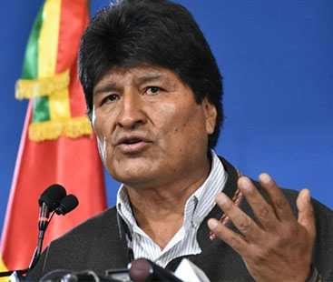 آرمی چیف کے مطالبے پر بولیویا کے صدر مستعفی