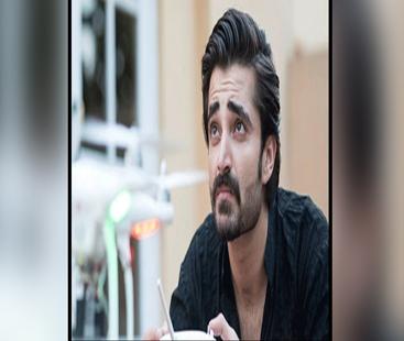اداکار حمزہ علی عباسی نے شوبز انڈسٹری کو چھوڑنے کا باقاعدہ اعلان کردیا
