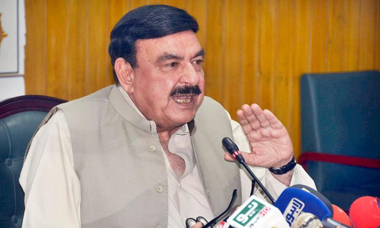 مولانا اسلام آباد سے خالی ہاتھ لوٹے ہیں، الیکشن دور دور تک نہیں: شیخ رشید