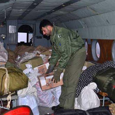 برفباری سے متاثرہ علاقوں میں پاک فوج کی امدادی سرگرمیاں جاری