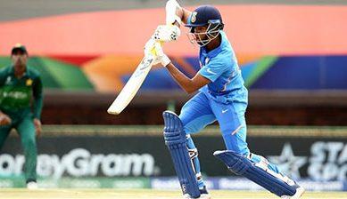 انڈر 19 ورلڈ کپ سیمی فائنل: بھارت نے پاکستان کو 10 وکٹوں سے شکست دے دی