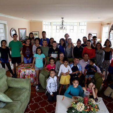 کوسٹاریکا: 31بچوں پر مشتمل خاندان کیلئے لاک ڈاؤن ایک کڑا امتحان