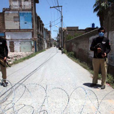 کراچی:کورونا سے متاثرہ اضلاع میں اسمارٹ لاک ڈاؤن کی حکمت عملی تیار