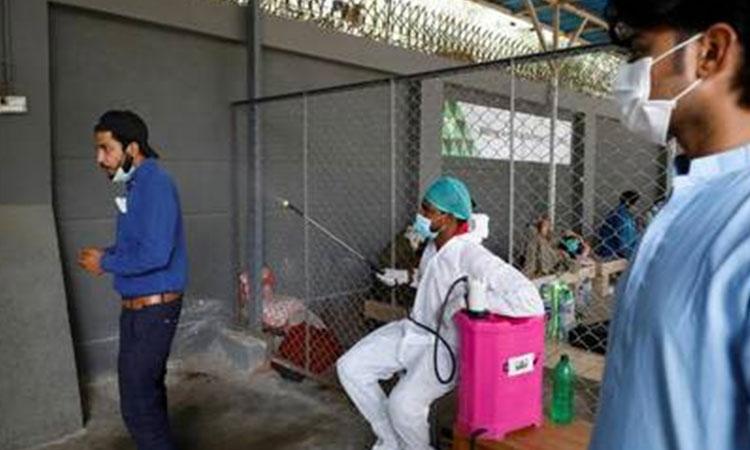 ملک میں آج مزید 800 سے زائد افراد کورونا وائرس کا شکار