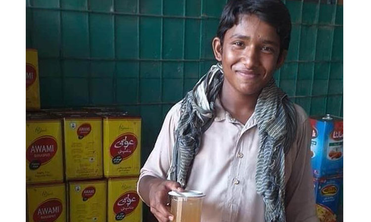 ملتان : مزدوری کیساتھ تعلیم حاصل کرنے والے طالبعلم کی میٹرک میں شاندار کامیابی