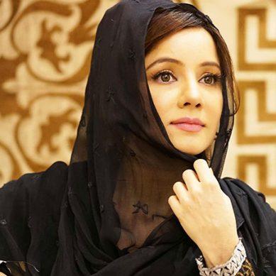 رابی پیرزادہ ایک بار پھر تنقید کی زد میں،کیا وہ ملک چھوڑ دیں گی؟؟