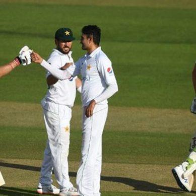 پاکستانی ٹیم کو 10 برس بعد شکست کا سامنا