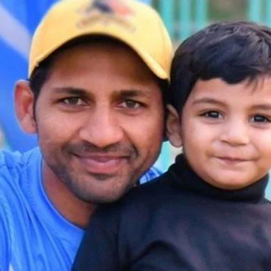 سرفراز احمد کے بیٹے بھی کرکٹ میں کسی سے کم نہیں