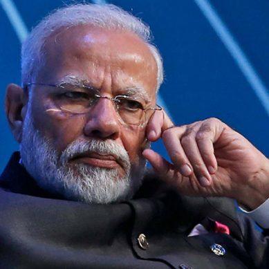 بھارتی وزیر اعظم نریندر مودی کے ستارے گردش میں