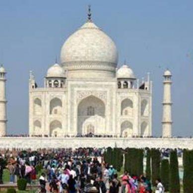 کورونا کے باوجود بھارت نے تاج محل کھول دیا