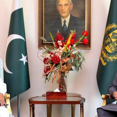 پاک بحریہ کے سربراہ کی وزیراعظم عمران خان سے ملاقات