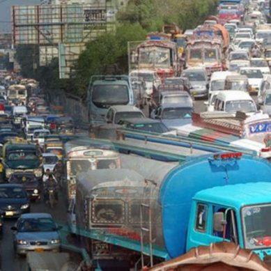 لاوارث شہر قائد کا بدترین ٹریفک نظام