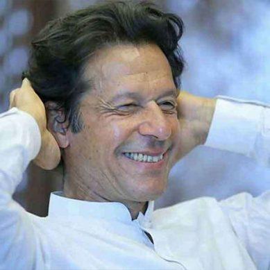 وزیراعظم عمران خان کے ٹوئٹر پر بڑی تعداد میں فالوورز کا اضافہ