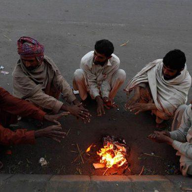 کراچی میں سرد ہواؤں کے ڈیرے