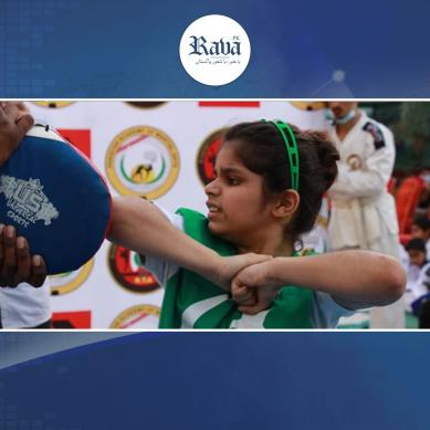بھارتی شکست :پاکستانی بچی نے بھارتی کھلاڑی کو شکست دے کر گنیز ورلڈ ریکارڈاپنے نام کرلیا۔۔