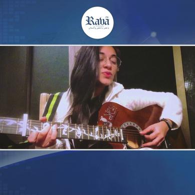 پاکستانی ڈاکٹر کے گانے کی گونج بھارت تک پہنچ گئی،آخر کون ہے یہ لڑکی۔۔؟
