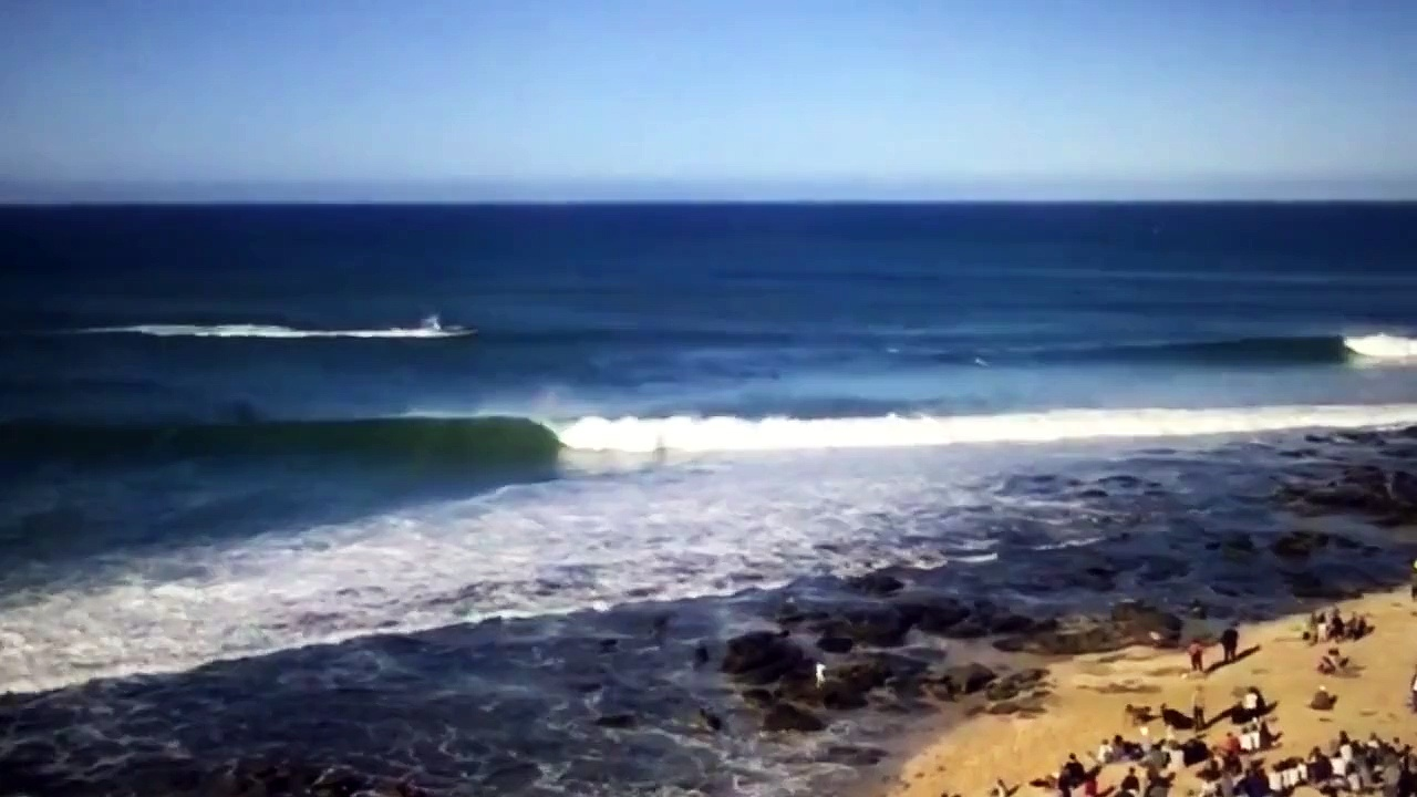 Australian surfer Mick Fanning survives Shark Attack in South Africa