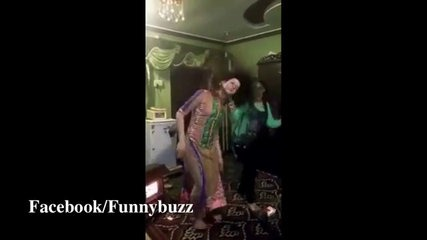 Girls Dancing After Being Drunk