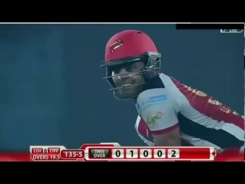 Umar Akmal and Mendis Collision in PSL 2016