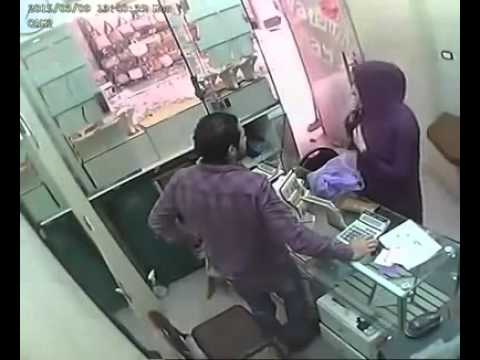 CCTV Footage: How a Girl Looted Gold from the Shop