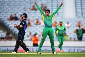 Amir takes two wickets in 3rd ODI against New Zealand