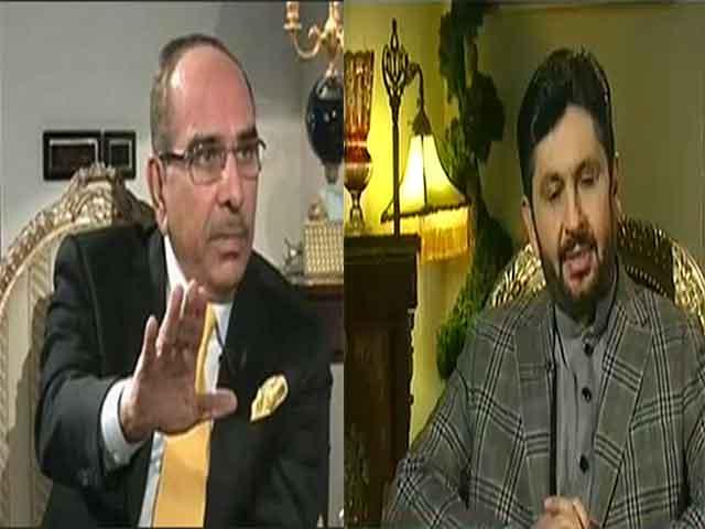 Malik Riaz Lashes Out Saleem Safi