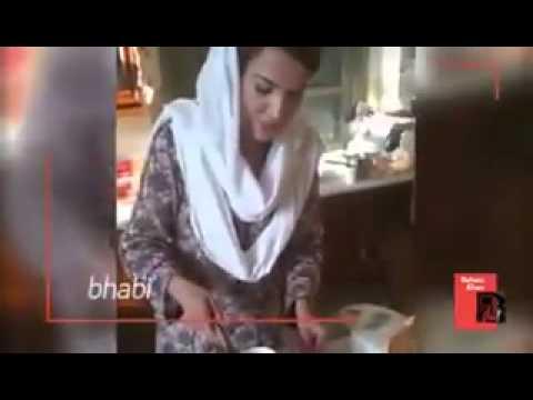 Reham Khan Working in Kitchen: Unseen Video