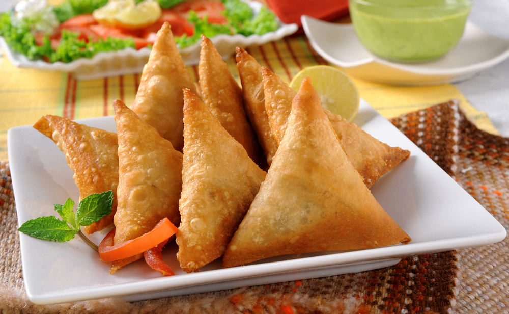 Ramadan Food Diaries #11 Chicken Vegi Cheese Samosas