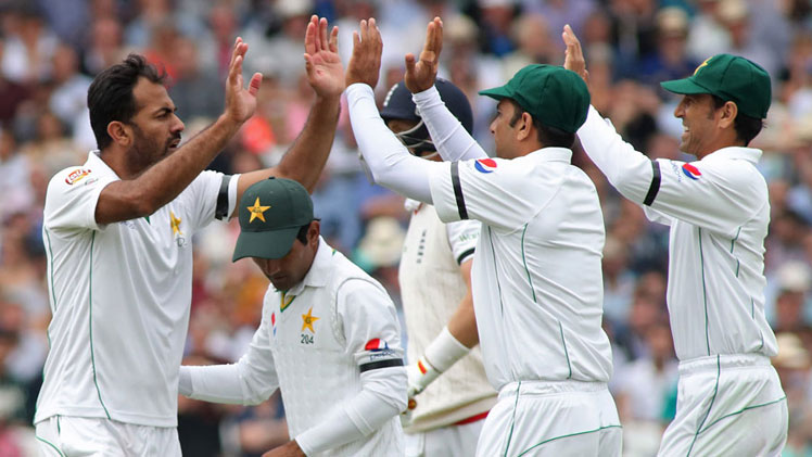 England vs Pakistan, 4th Test – Day 4 Highlights –
