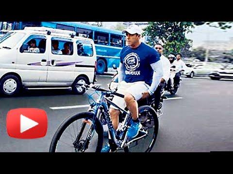 VIDEO-Salman-Khan-CYCLING-On-The-Road