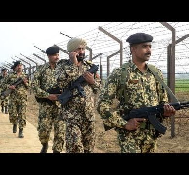 Pakistani, Indian Exchange Fire Across LoC on Defence Day