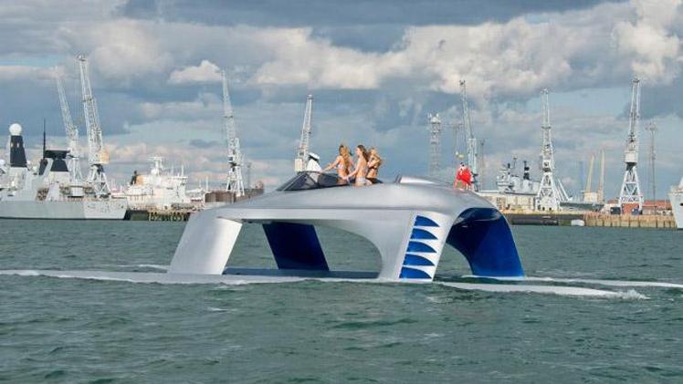Sleeky Yacht