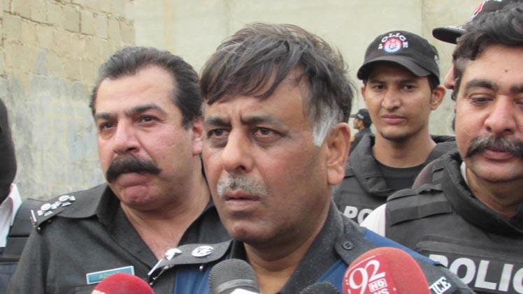 SSP Malir Rao Anwar Arrests Khawaja Izhar-ul-Hassan