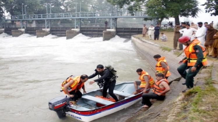 Karachi: Dead body Of A man Found In Canal