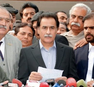 PML-N Leaders Bash Imran Khan