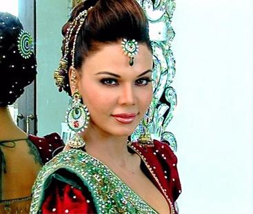Rakhi Sawant's Attention Seeking Stunt