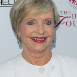 'Brady Bunch' Star Florence Henderson Dies at 82