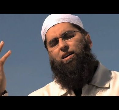 A Beautiful Naat Recite by Junaid Jamshed